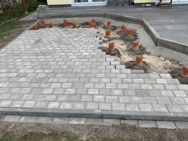 Fondation de la terrasse pour l'installation du bain nordique
