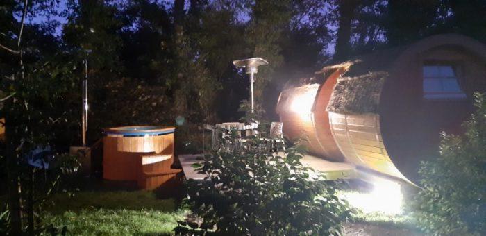 Bain Nordique En Fibre De Verre Pour 2 Personnes, Philippe, Pleumeur Bodou, France (1)