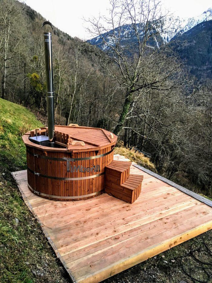 Jacuzzi Extérieur En Thermo Bois Deluxe, Alain, QUEIGE, France